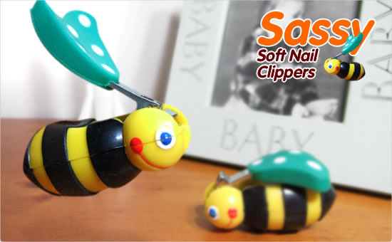 Sassy Bee Soft Nail Clippers :  bee japanese simplesize nail clippers