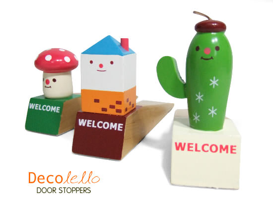 Decolello Welcome Door Stoppers :  whimsical japanese door stopper decolello